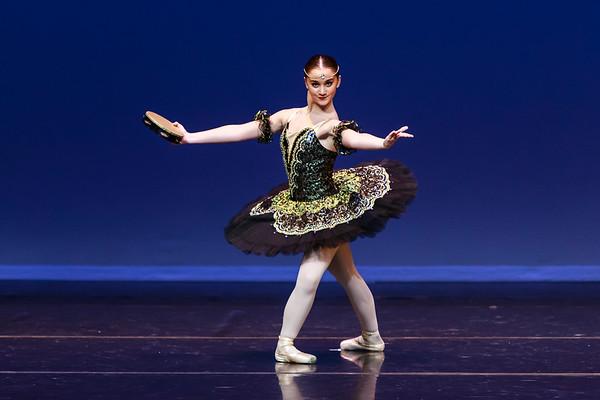 _P1R4601 - 116 Cloe Andry, Classical, La Esmeralda