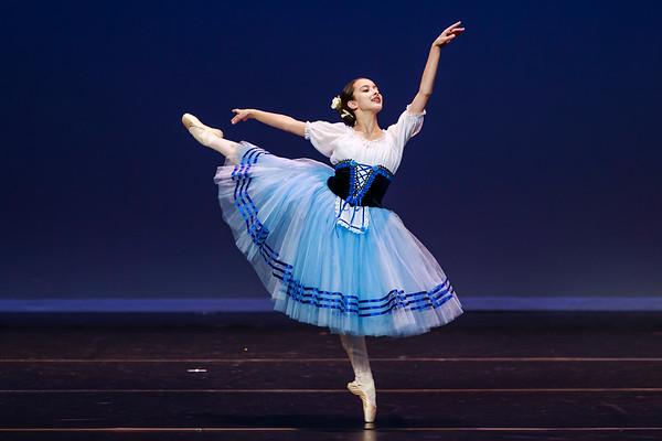 _P1R4736 - 121 Selene Malench, Classical, Giselle Act I