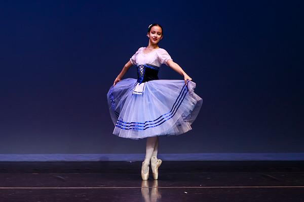 _P1R4721 - 121 Selene Malench, Classical, Giselle Act I