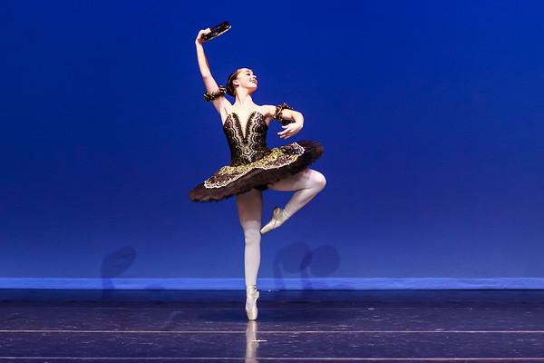 _P1R4579 - 116 Cloe Andry, Classical, La Esmeralda