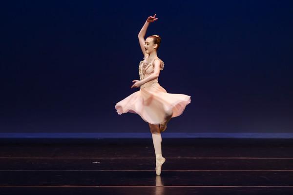 _P1R4691 - 119 Claire White, Classical, Swan Lake Pas de Trois