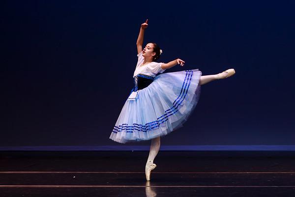 _P1R4734 - 121 Selene Malench, Classical, Giselle Act I