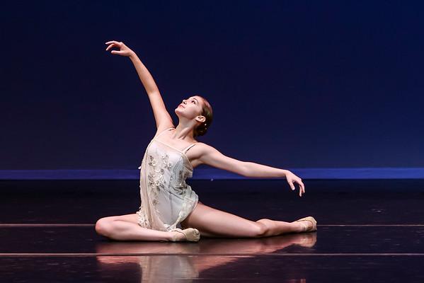 _P1R1401 - 135 Natalie Heinemeyer, Contemporary, Goddess of Dawn