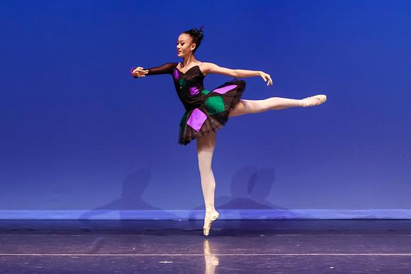 _P1R6784 - 143 Vivian Li, Classical, Harlequinade