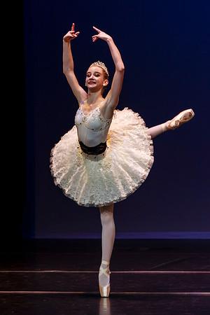 _P1R6664 - 138 Isabelle Hendrickson, Classical, La Bayadere Gamzatti
