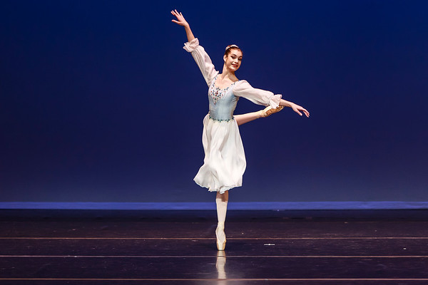 _P1R6862 - 144 Margaret Rhea, Classical, Swan Lake Pas de Trois