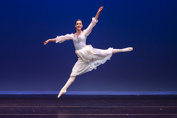 _P1R6887 - 144 Margaret Rhea, Classical, Swan Lake Pas de Trois