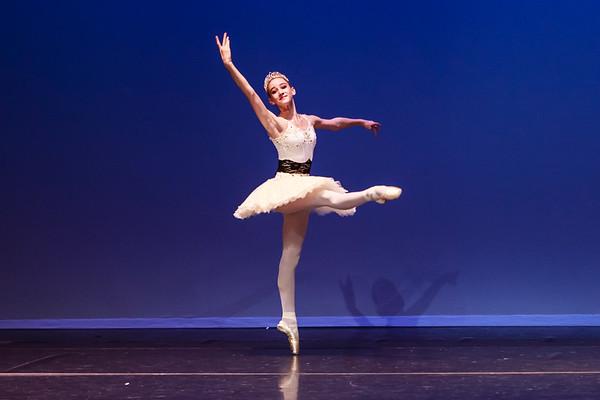 _P1R6619 - 138 Isabelle Hendrickson, Classical, La Bayadere Gamzatti