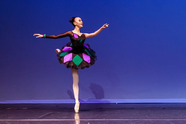 _P1R6826 - 143 Vivian Li, Classical, Harlequinade