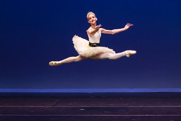 _P1R6622 - 138 Isabelle Hendrickson, Classical, La Bayadere Gamzatti