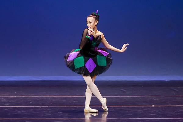 _P1R6815 - 143 Vivian Li, Classical, Harlequinade