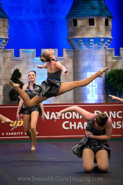 Taylor Yob soars through the air.  BN4T0015_1