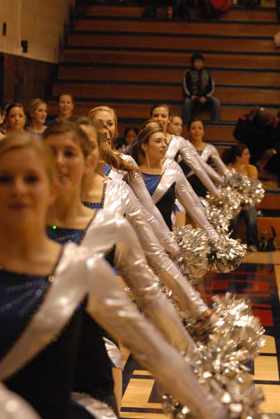 Lancerettes 14DEC07 xmas show 102