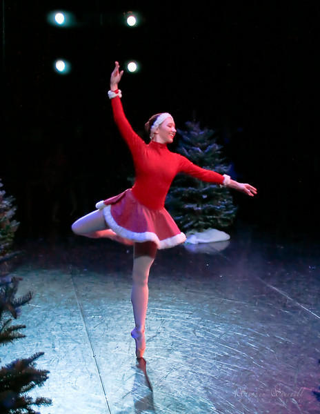 "Montecito School of Ballet: ""Skaters""<br /> Dancer: Kelsey O'Hara"