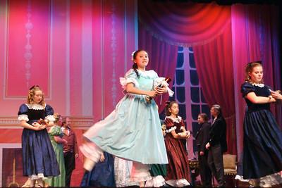 The children dance. (Anne Barry photo)
