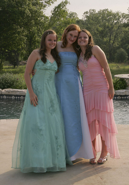 The 3 twins - Christi, Cassie & Rainee