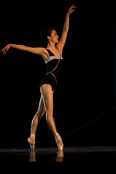 OBT principal dancer Yuka Iino.