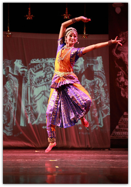 U Dance - Watch me freeze U mid-air..Trust my passion to freeze U'r action!