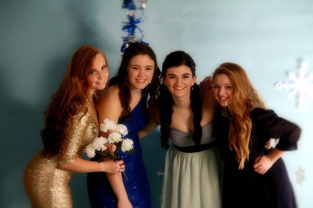 Andie, Nikki, Allison and Baylor 3