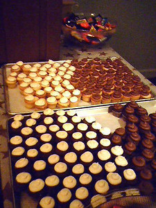 The free cupcakes that were brought out halfway through the dance