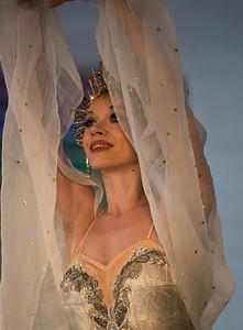 Dancer: Anna Antonicheva Russian Dance from Swan Lake