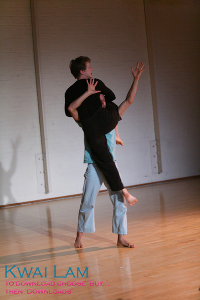 Teachers  Elio Scudieri and Carolyn Stuart perform in the Teachers' Gala at the West Coast Contact Improv Festival 2008