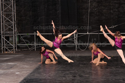 """Put Your Hands on Me"" University of Texas Dance Repertory Theatre Choreography: Caitlin Poulton"