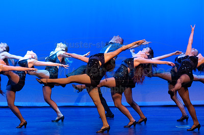 """Sing! Sing! Sing!"" University of Texas Dance Repertory Theatre Choreography: Natasha Davison"