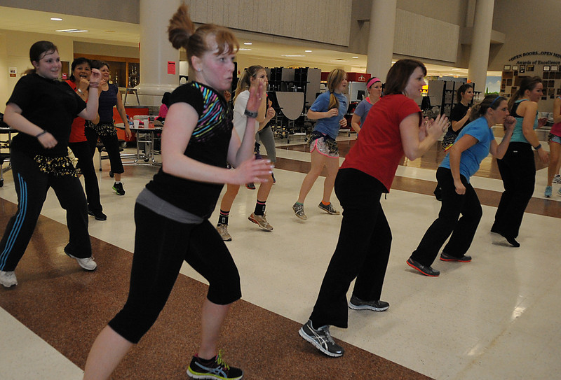 Mauldin High School and Manuela Chaverra held a Zumbathon Dance Party led by Zumba instructor Jennifer Edwins, at the school which, was part of Spirit Week.<br /> GWINN DAVIS PHOTOS<br /> gwinndavisphotos.com (website)<br /> (864) 915-0411 (cell)<br /> gwinndavis@gmail.com  (e-mail) <br /> Gwinn Davis (FaceBook)