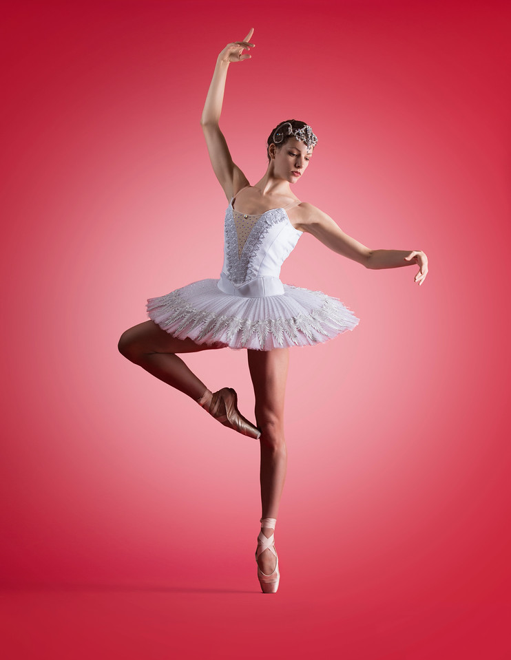 Dancer: Aline Mayne