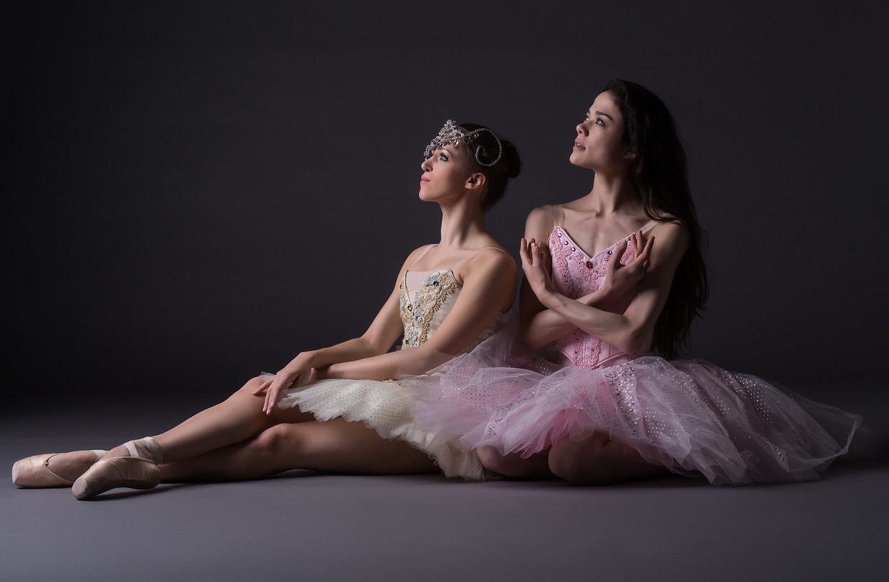 Dancers: Maria Vittoria Villa and Laurie Deziel , Martha Graham Dance Company