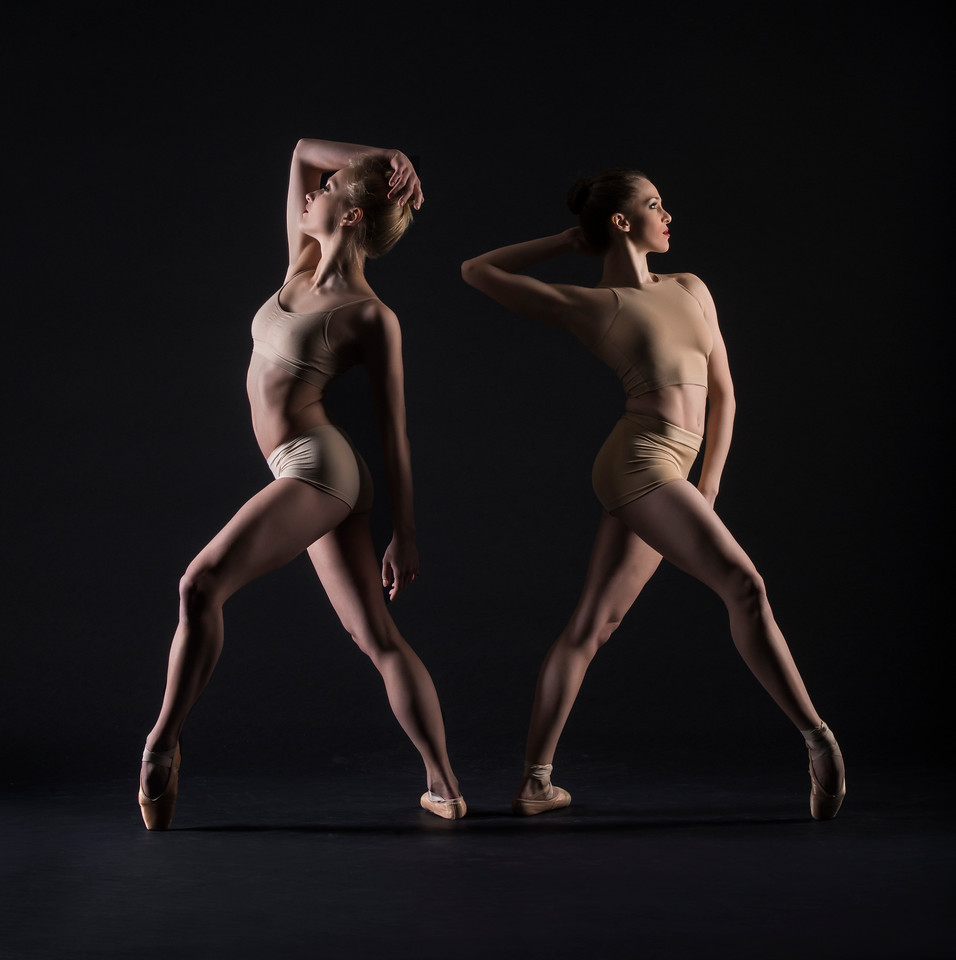Dancers:  Jessica Sgambelluri  and Maria Villa, Graham 2