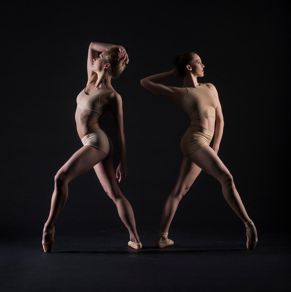 Dancers:  Jessica Sgambelluri  and Maria Villa, Graham 2