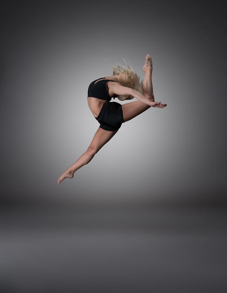 Dancer/Model - Maren Clemsen