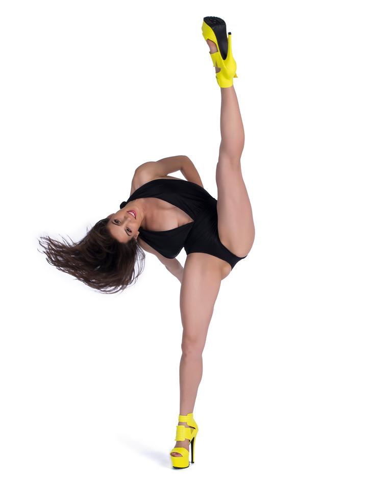 Model/Dancer: Marie Rose, MUA: Ximena Ocha