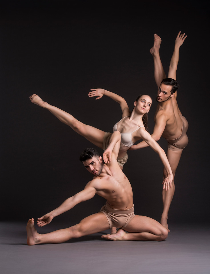 Dancers: Alessio Crognale, Anne Souder, and Antonio Cangiano, Martha Graham Dance Company