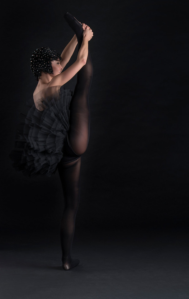 Dancer/Model: Nataly Galla, Wardrobe Stylist: Elena of Stylish-Solutions