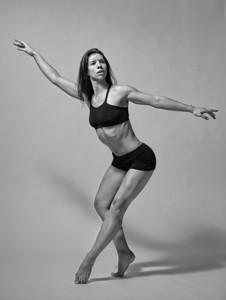 Katie Ponozzo, portrait of a dancer.