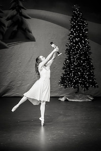 ChristmasSpectacular2019_120819_Dancer'sEdgeChristmasSpectatular_121219_830A0001-2_KR_RK