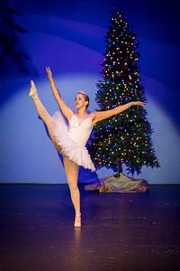 ChristmasSpectacular2019_120819_Dancer'sEdgeChristmasSpectatular_121219_830A0029_KR_RK
