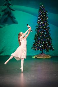 ChristmasSpectacular2019_120819_Dancer'sEdgeChristmasSpectatular_121219_830A0001_KR_RK