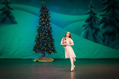 ChristmasSpectacular2019_120819_Dancer'sEdgeChristmasSpectatular_121219_830A0002_KR_RK