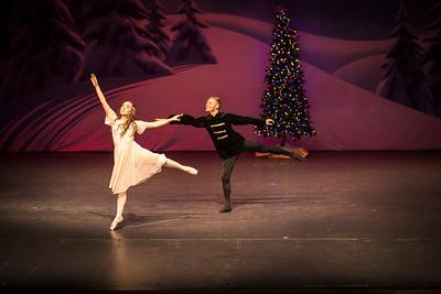 ChristmasSpectacular2019_120819_Dancer'sEdgeChristmasSpectatular_121219_830A0015_KR_RK