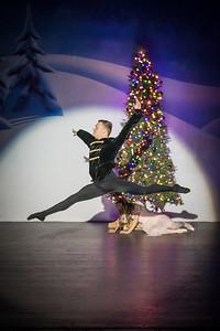 ChristmasSpectacular2019_120819_Dancer'sEdgeChristmasSpectatular_121219_830A0004_KR_RK