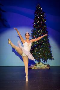 ChristmasSpectacular2019_120819_Dancer'sEdgeChristmasSpectatular_121219_830A0030_KR_RK