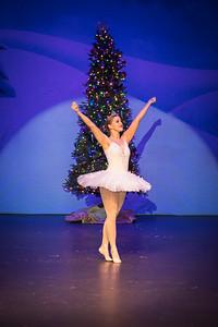 ChristmasSpectacular2019_120819_Dancer'sEdgeChristmasSpectatular_121219_830A0021_KR_RK