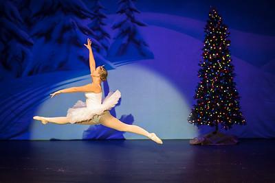 ChristmasSpectacular2019_120819_Dancer'sEdgeChristmasSpectatular_121219_830A0028_KR_RK