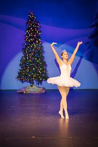 ChristmasSpectacular2019_120819_Dancer'sEdgeChristmasSpectatular_121219_830A0023_KR_RK