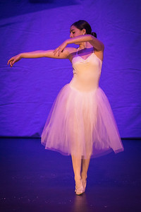 ChristmasSpectacular2019_120819_Dancer'sEdgeChristmasSpectatular_121219_830A0046_KR_RK