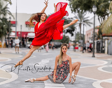Ballerinas in Calle Ocho Art District